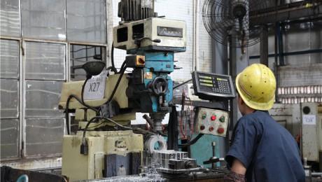 豊堡精密机械有限公司-机台型号6SVA-加工范围:800x360 图二